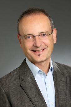 Dr. Reinhard Bauer